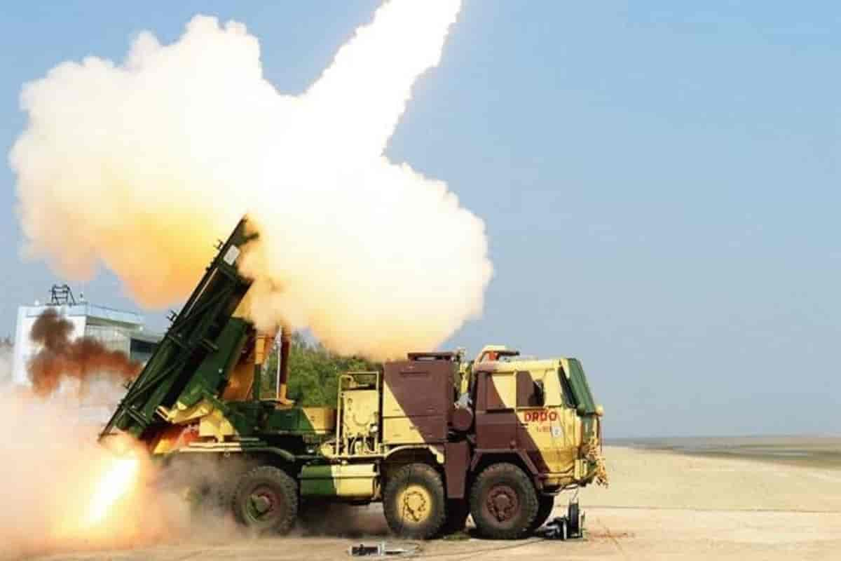 India to deploy Pinaka rocket launcher on Sino-Pak border, Signed Rs 2,560 crore deal