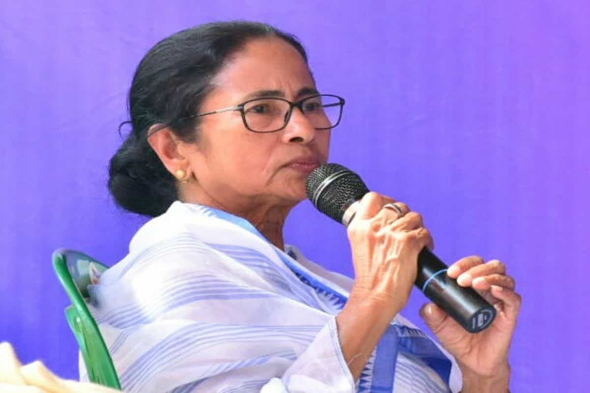 Mamata government alleges 'communal twist' in turban row