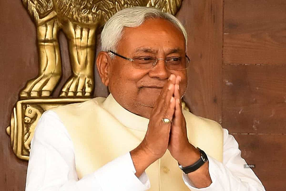 Some people just think of family once in power: Nitish attacks RJD