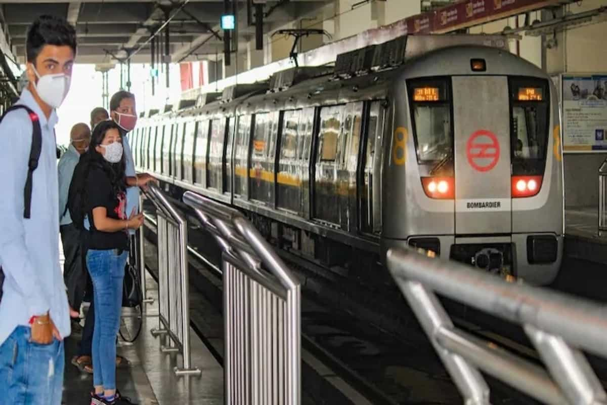 Now, commuters to get updates of Delhi Metro's waiting time on social media
