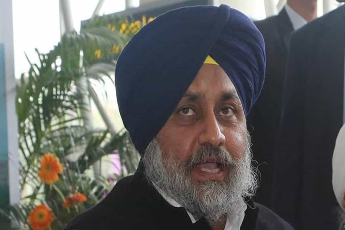 Defamation Case: Chandigarh District Court issues bailable warrants against Punjab's former deputy CM Sukhbir Badal