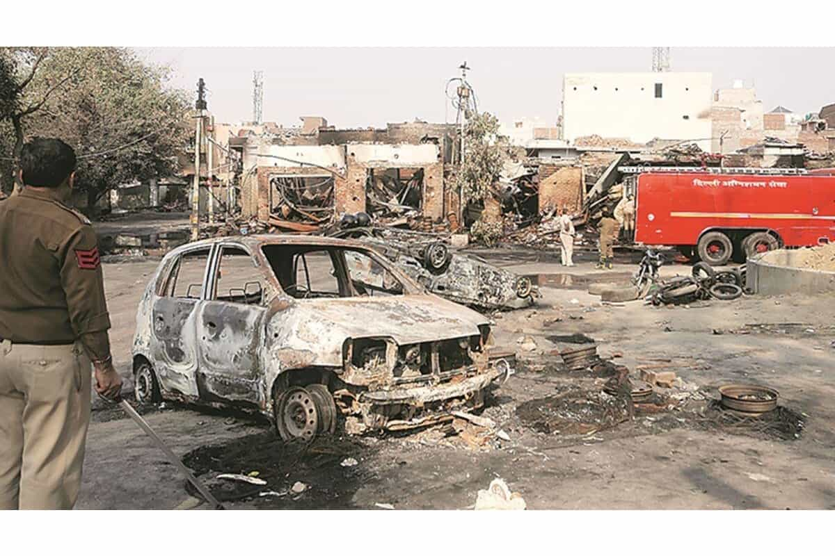 Court orders FIR and probe into a riots complaint which Delhi Police had shelved