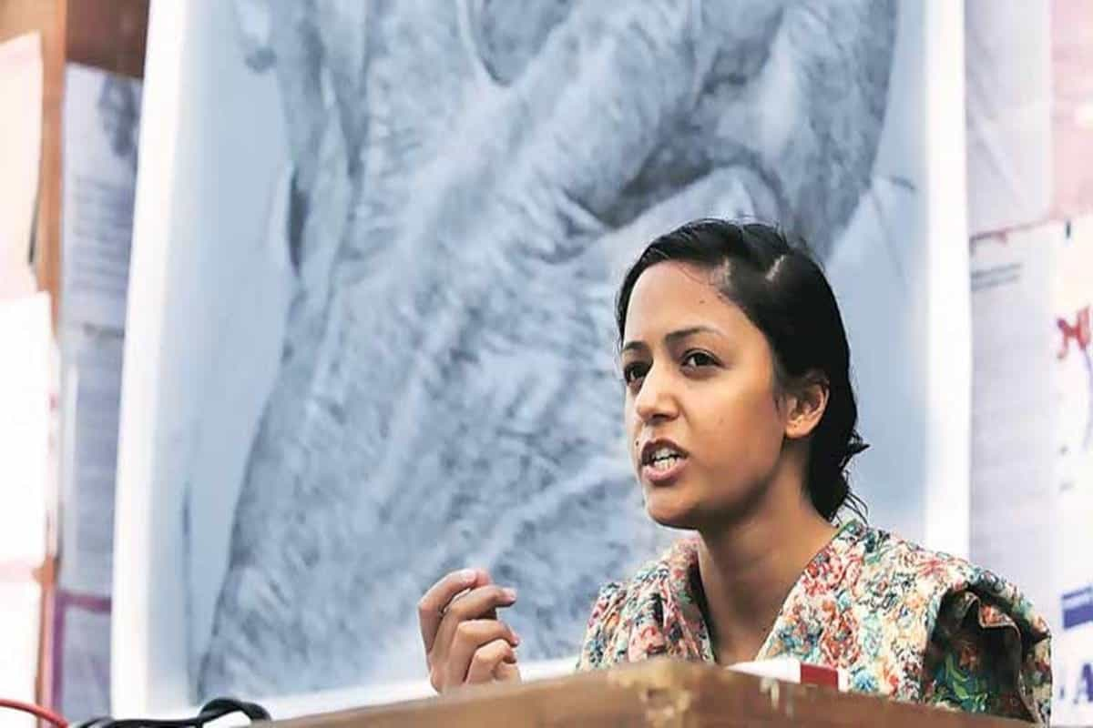 Barred from entering own house, Shehla Rashid's father says she took Rs 3 crore 'to join party'; daughter denies