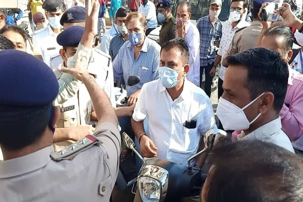 Bharat bandh: Several Congress leaders detained in Gujarat