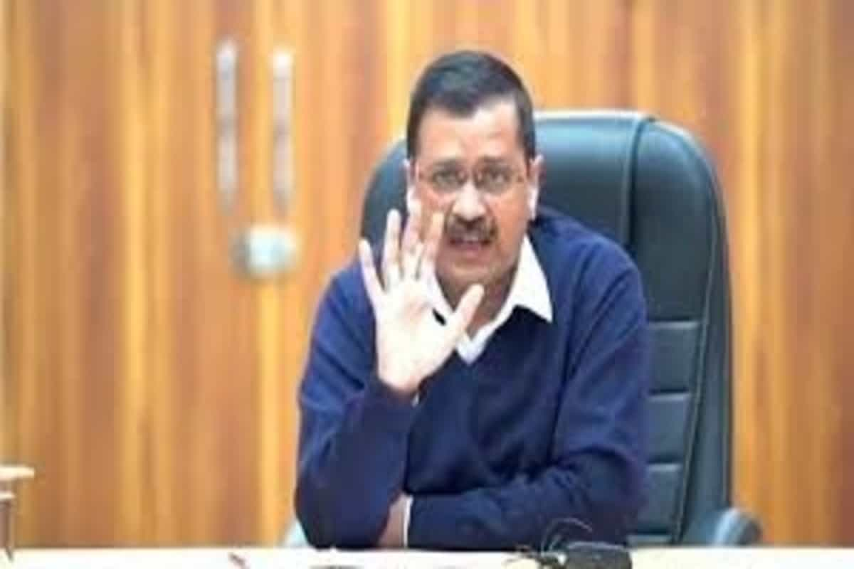 Mayors to continue their protest outside Delhi CM's residence