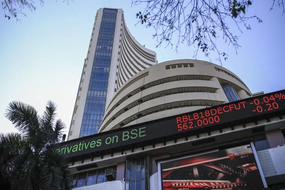 Sensex rallies 300 points to hit fresh high in early trade; Nifty tops 13,450-mark