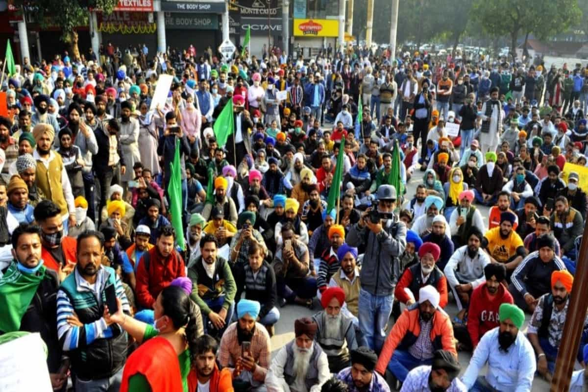 Centre-farm unions meeting cancelled, farmers say will discuss after draft proposal