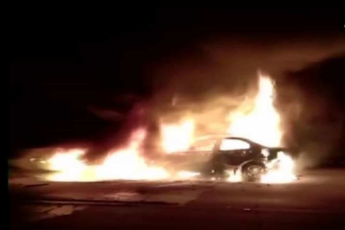 Five burnt alive after container truck hits car on Yamuna Expressway in Agra