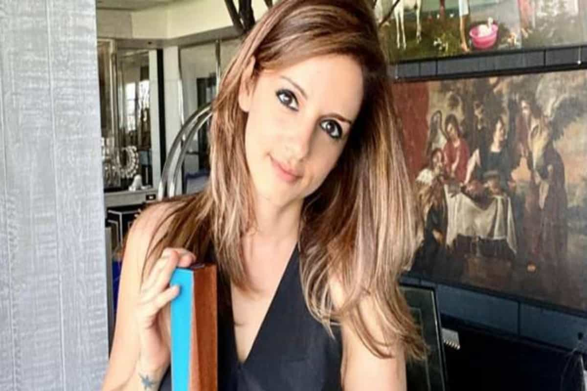 Sussanne Khan denies reports of her arrest in raid at Mumbai club