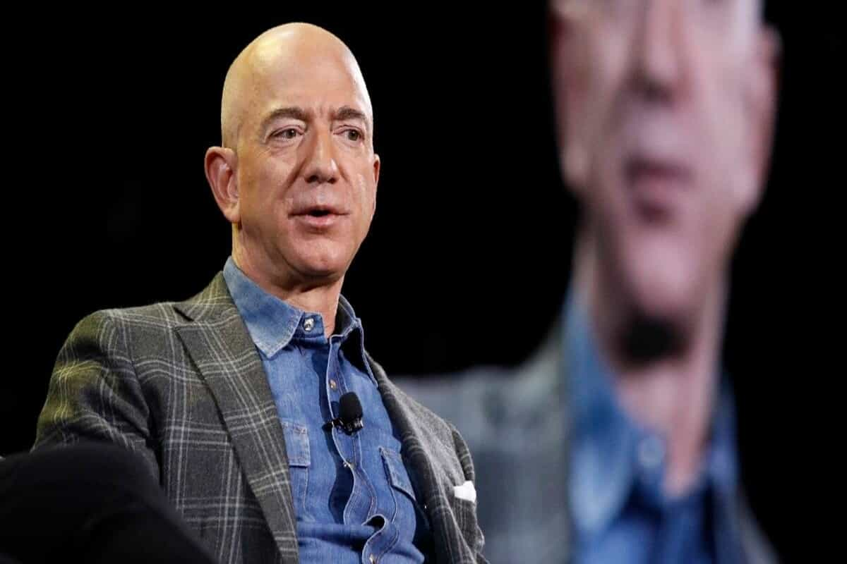Jeff Bezos, Amazon's founder, will step down as CEO this year