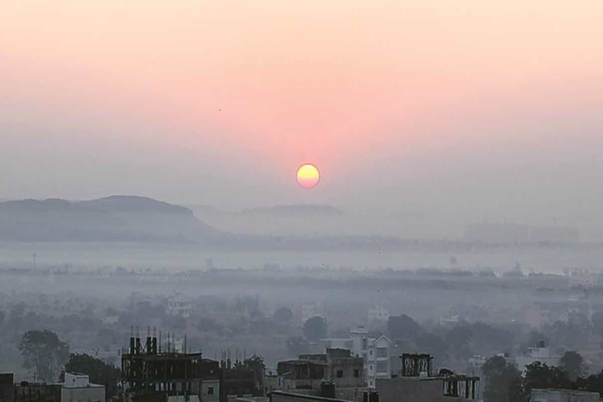 Pune records 9.6 degrees on Monday