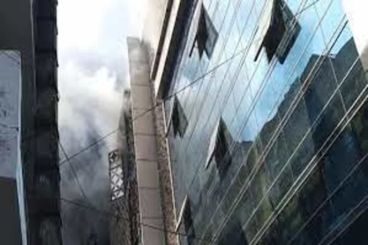 Fire breaks out at factory in Delhi's Dilshad Garden area, 25 fire tenders at spot