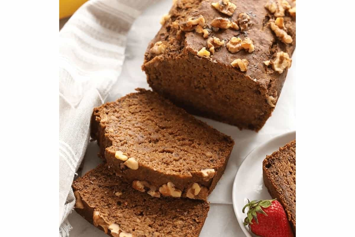 Recipe: Let vegan strawberry and chocolate banana bread add rosy hue to your day