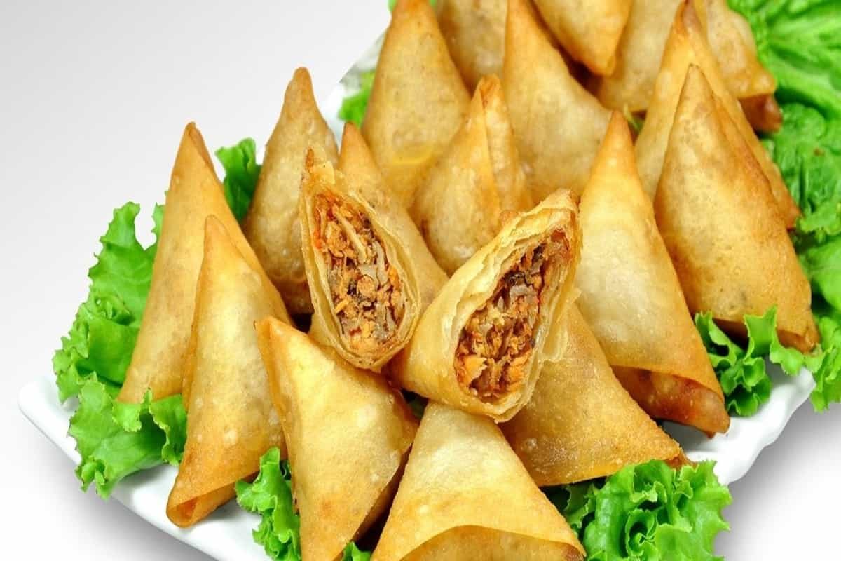 Recipe: Chicken Samosa are a big hit every Ramadan. Here's how you can make them