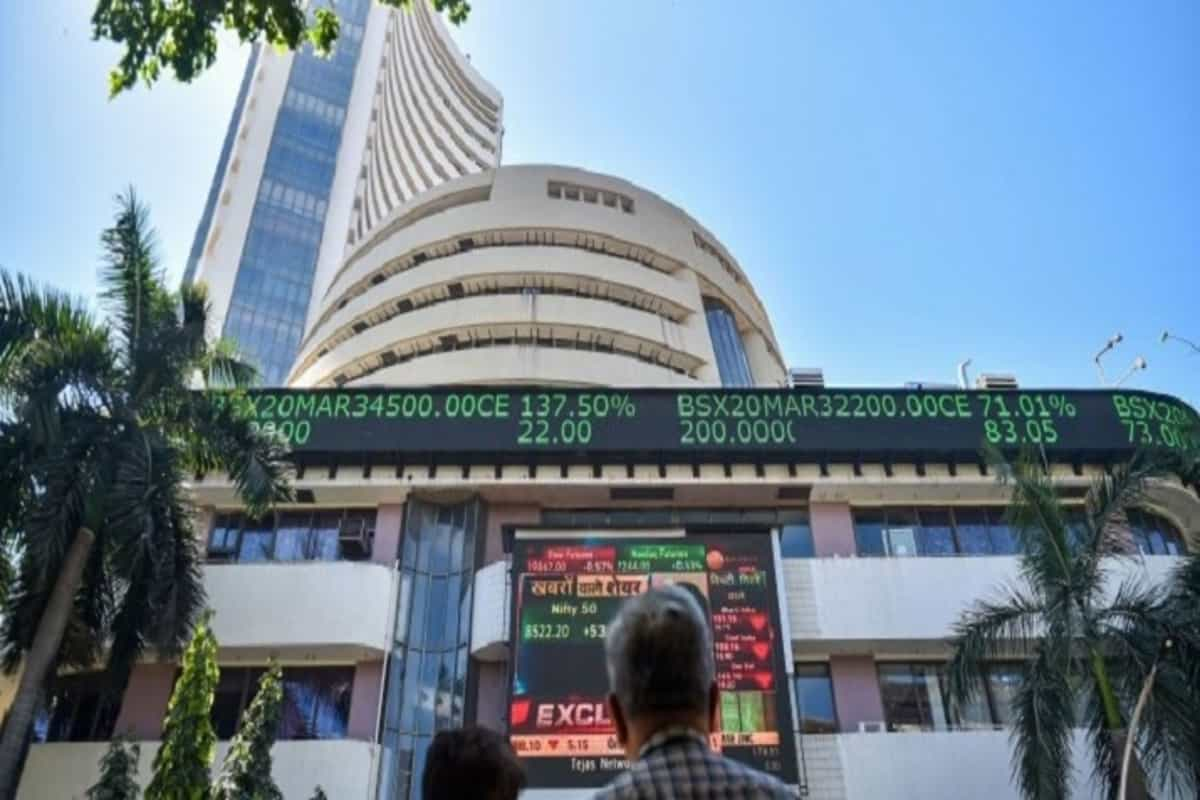 BREAKING NEWS : Sensex rises by over 557 points to end session at 48,944; Nifty closes at 14,653