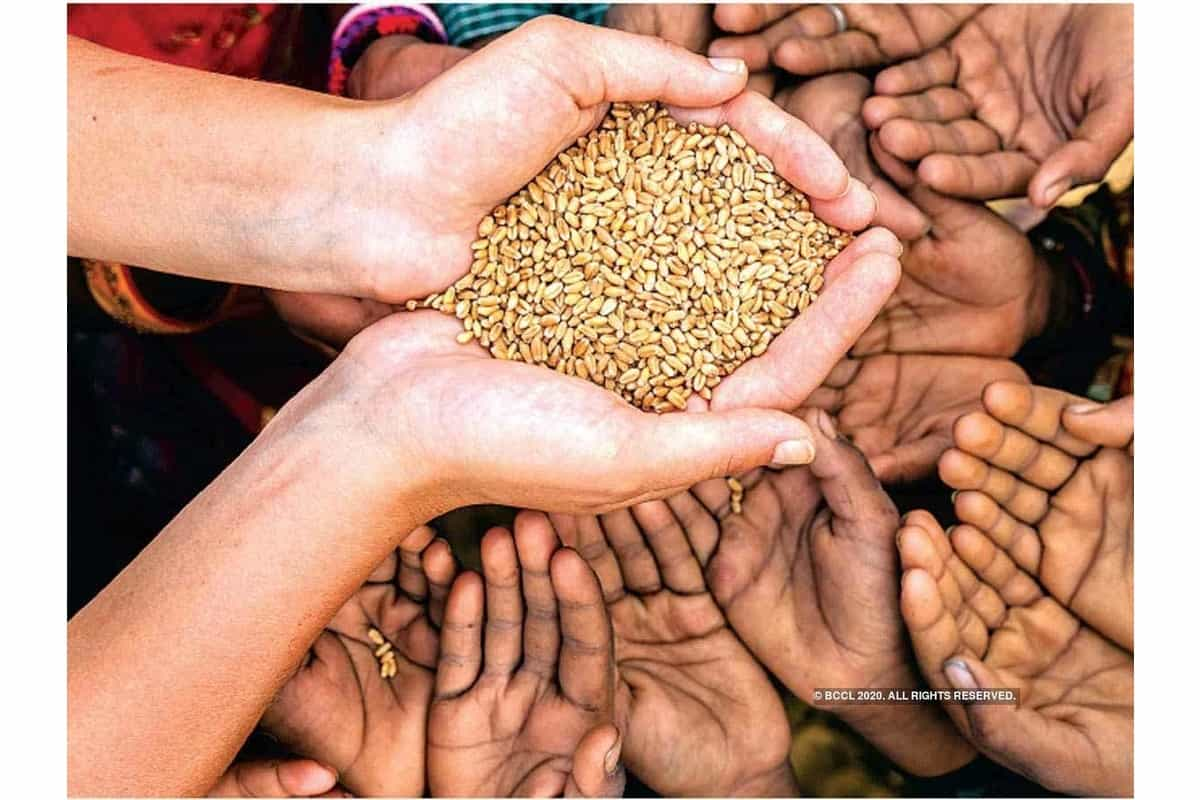 Central government has announced to give free ration, if your dealer refuses, then complain here immediately