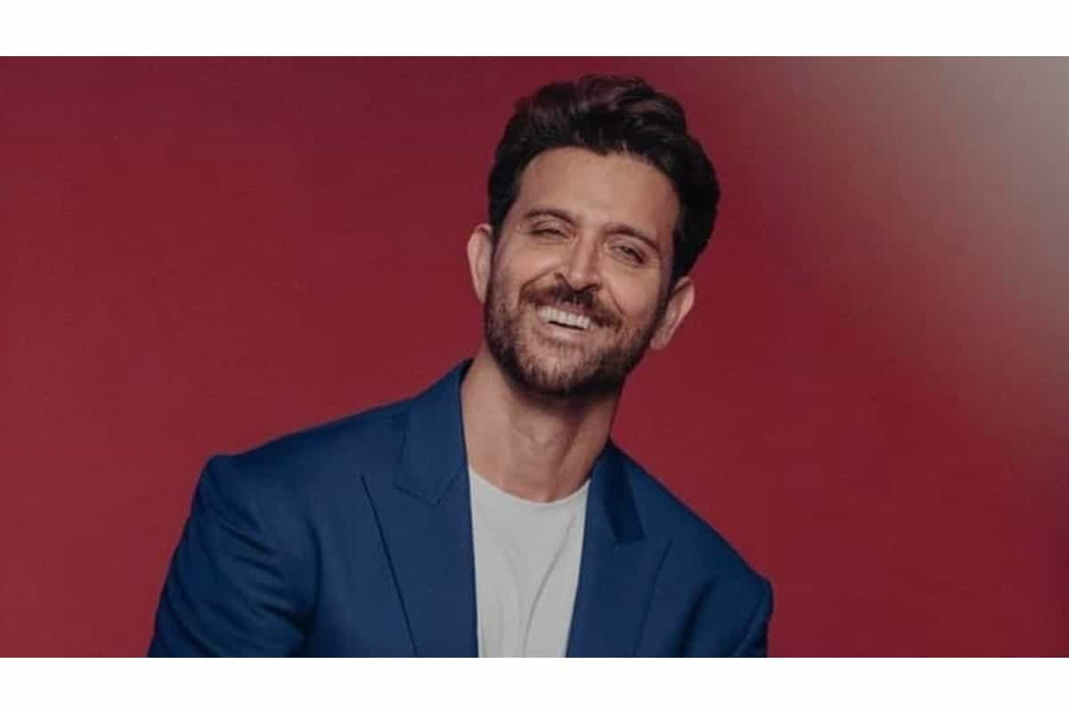 Hrithik joins Shawn-Camila to raise Covid-19 relief funds, donates $15,000