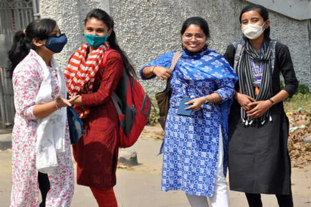 Studying abroad but stuck in India over Covid-19? Here's what you should do