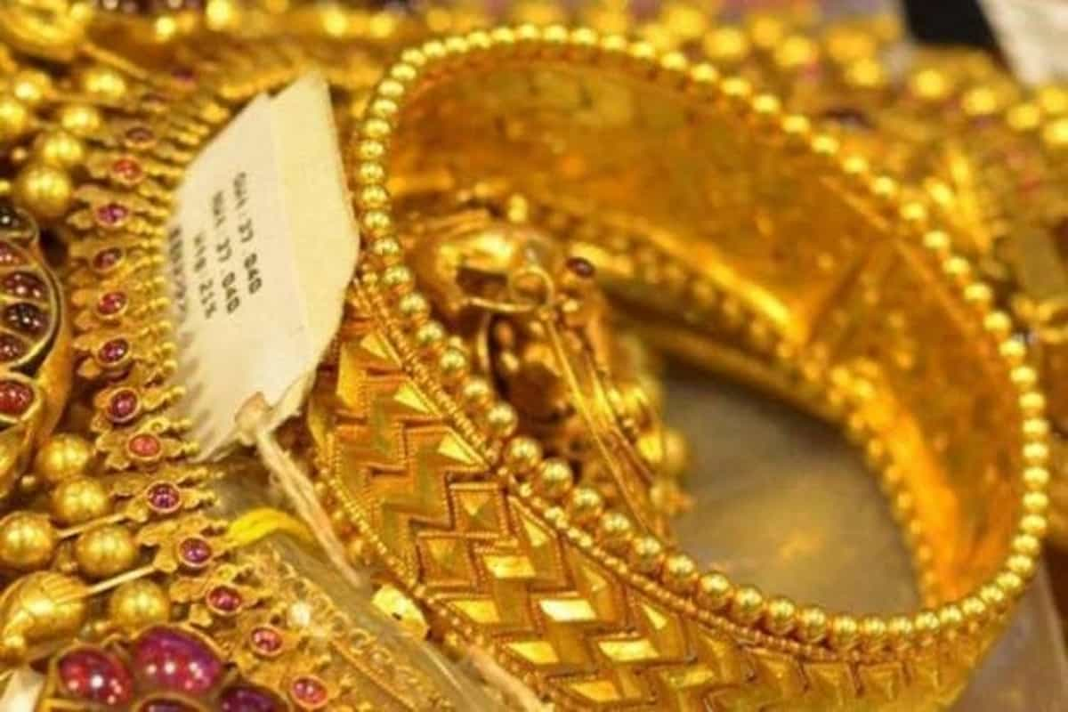 Indian spot gold rate and silver price on Thursday, Jun 10, 2021